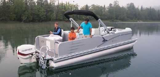 2015 Avalon Pontoons Catalina 23' Rear Fish