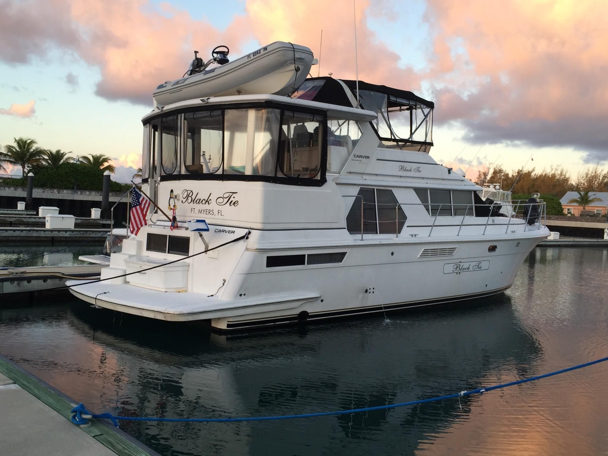 1999 carver 445 aft cabin motor yacht power boat for sale for Carver aft cabin motor yacht