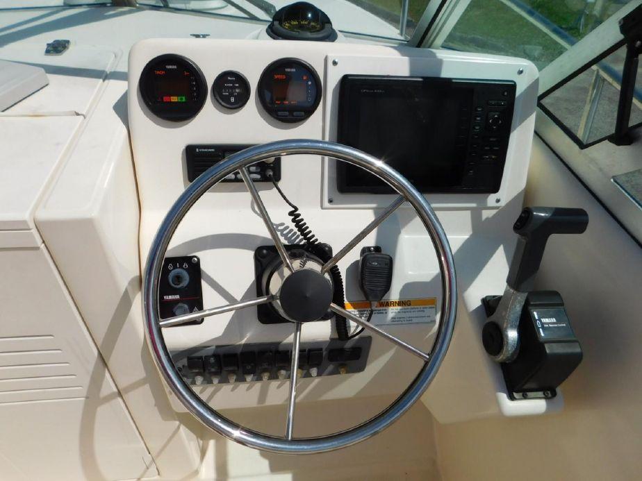 2000 Pursuit 2270 Kodiak Power Boat For Sale - www