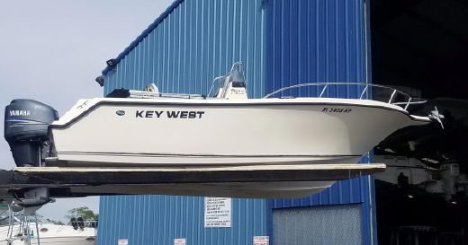 2007 Key West 225 Center Console
