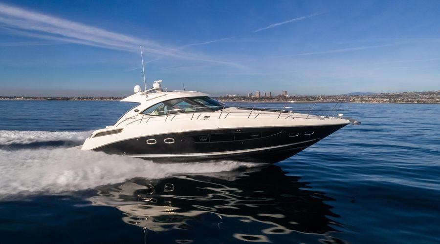 Sea Ray 470 Sundancer Yacht for sale in Newport Beach