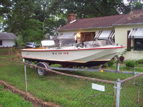 1991 Boston Whaler Montauk 17 CC