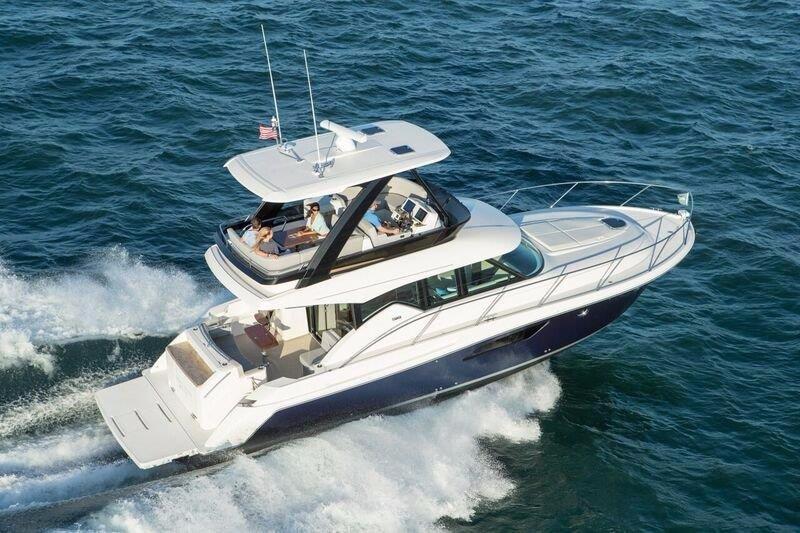 2017 Tiara F44 Flybridge Power Boat For Sale - www.yachtworld.com