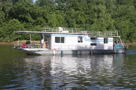 1986 Sumerset House Boat