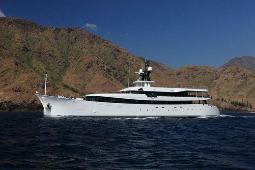 2011 Hys Yachts