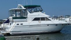 1996 Cruisers (carver, Silverton) 3650 Motor Yacht