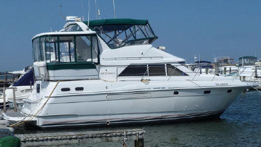1996 Cruisers (carver, Silverton) 3650 Motor Yacht
