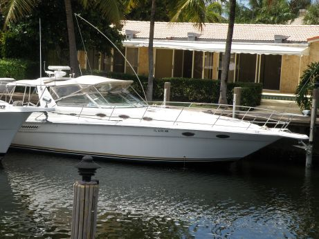 1995 Sea Ray 330 Express Cruiser