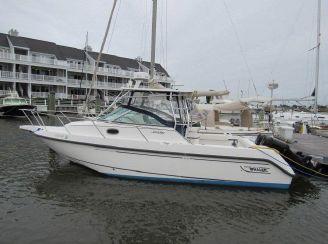 2001 Boston Whaler Conquest
