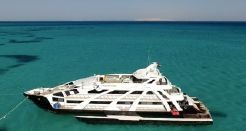 2014 Superyacht Luxury Cruise Dive