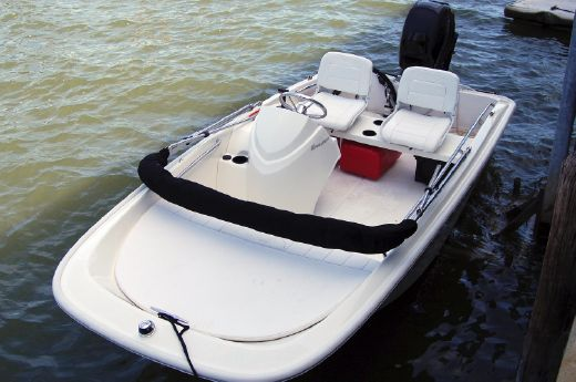 2014 Boston Whaler Super Sport 13