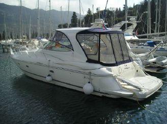 2005 Cruiser Yacht 440 Express