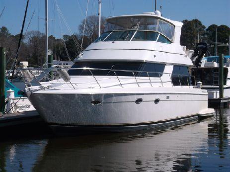2004 Carver 460 Voyager