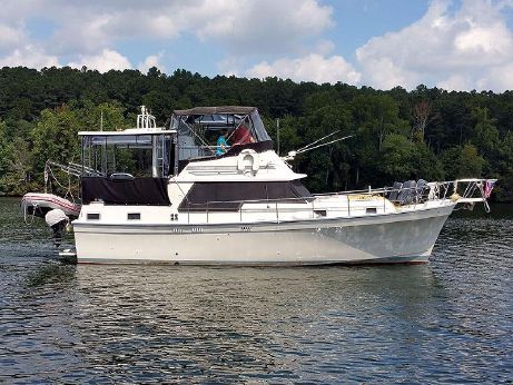 1986 Mainship 36 Double Cabin