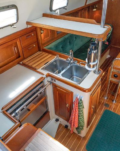 Pacific Seacraft 34 Galley