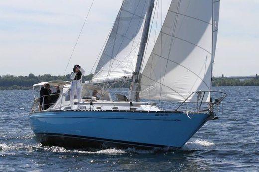 1974 Islander Yachts 36