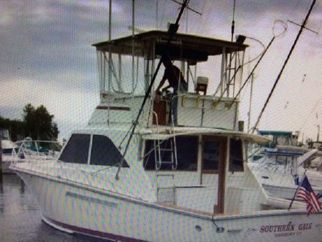 1990 Pacemaker 37 Sportfisherman