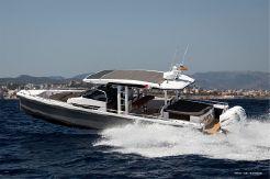 2019 Axopar 37 Sun Top Chase Boat