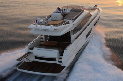 2015 Prestige 550