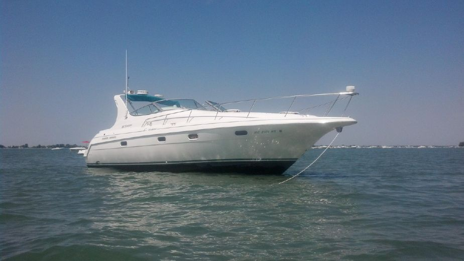 1996 Cruisers Yachts 3375 Esprit Power Boat For Sale Www