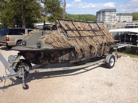 2000 Outlaw Duckboat