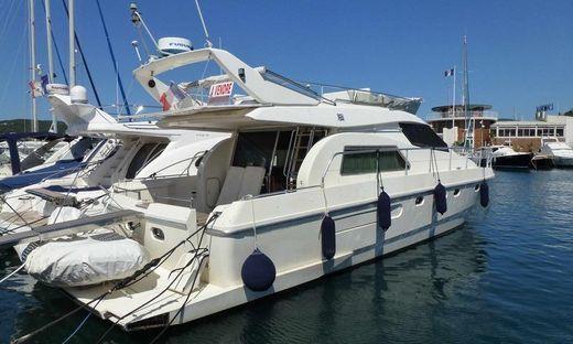 1994 Ferretti Yachts 150