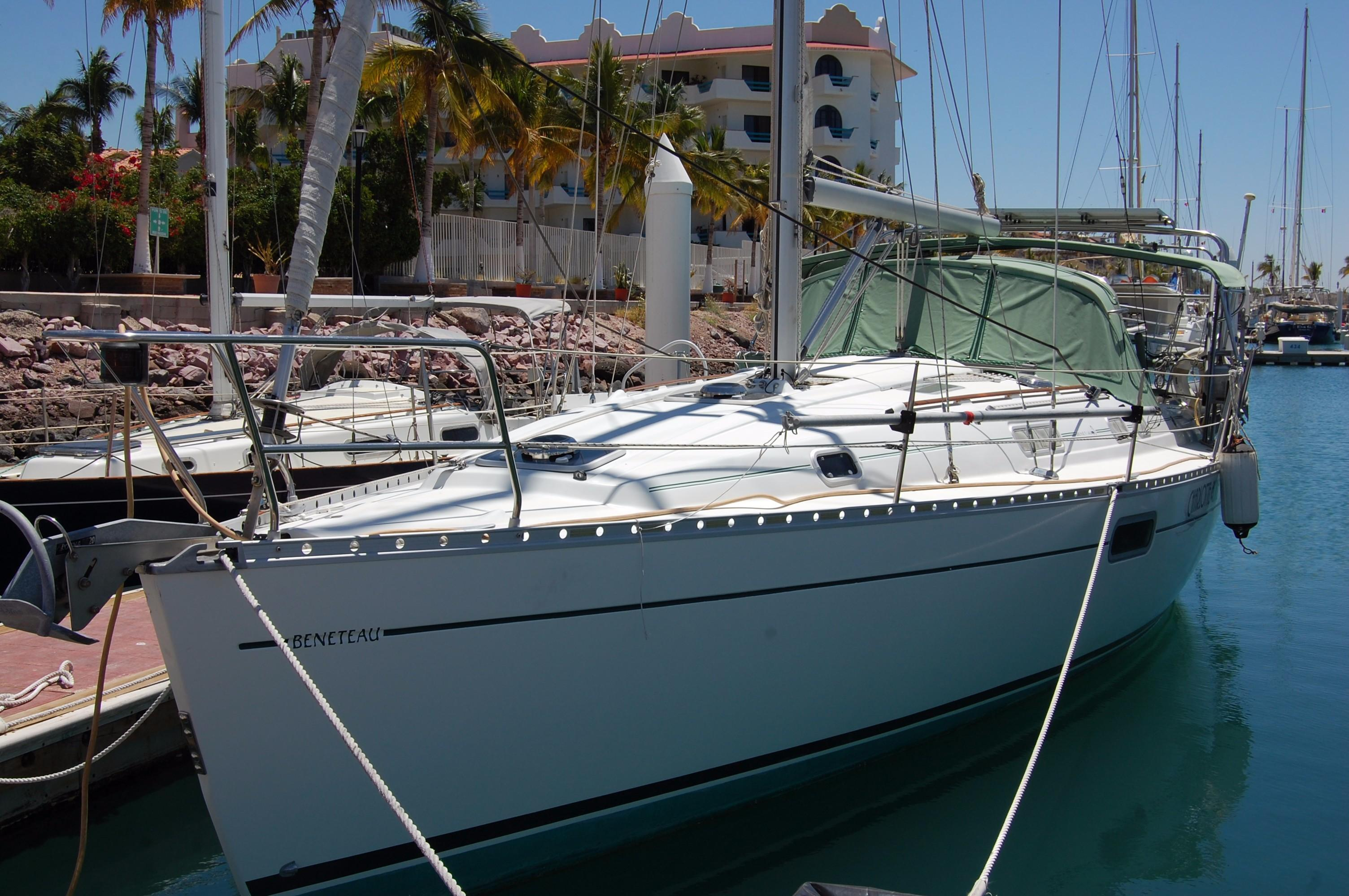35' Beneteau Oceanis 351+Photo 3