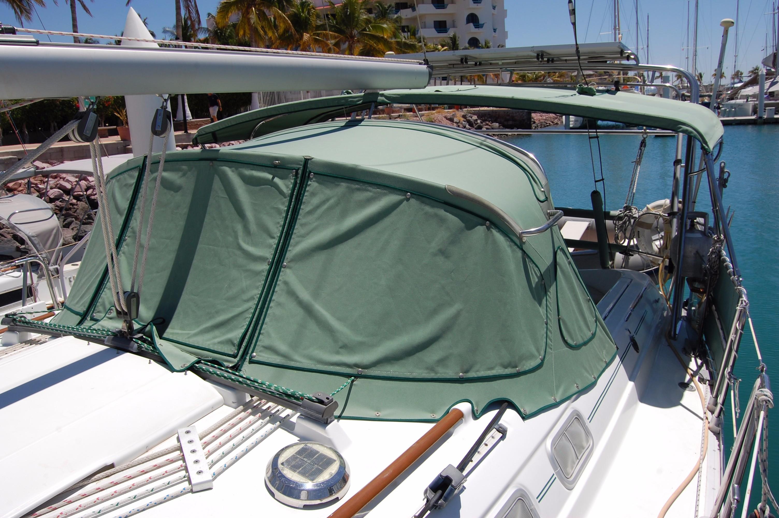 35' Beneteau Oceanis 351+Photo 9
