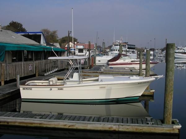24 Feet Long Boat Shelter : Bimini topaz foot center cuddy power boat for sale