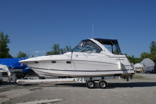 2005 Four Winns 378 Vista