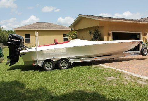 2012 Phantom 30 Outboard Sportster