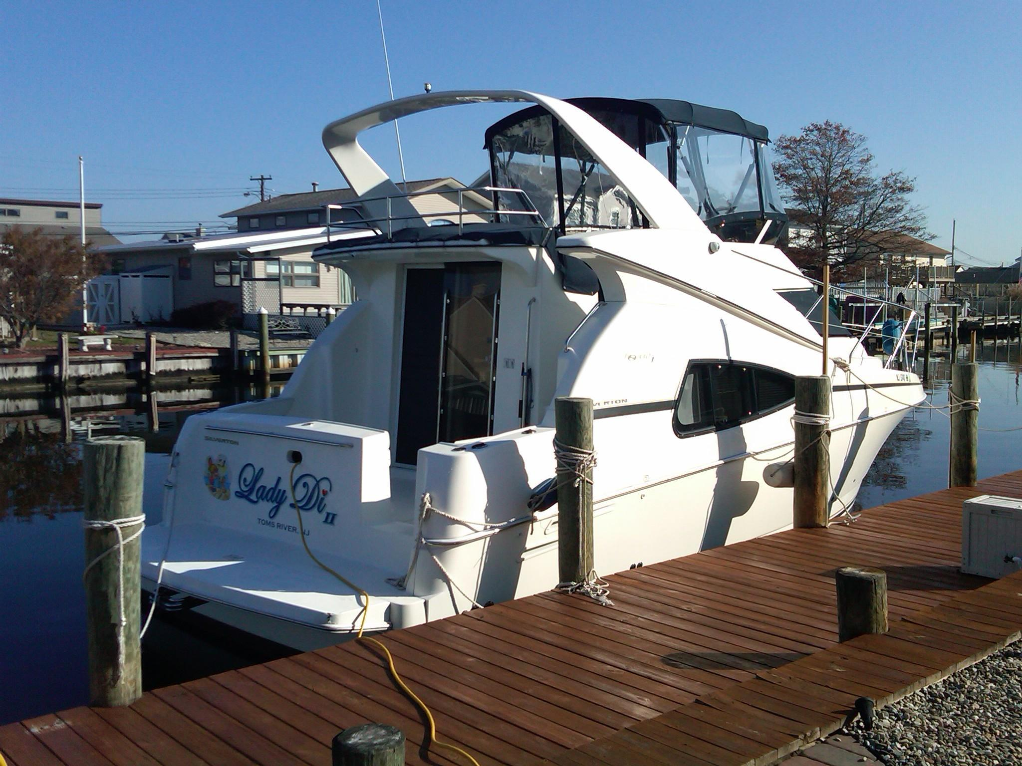 2000 Silverton 330 Sport Bridge Near Perfect Power New And