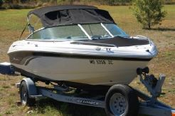 2000 Chaparral 180 SSi