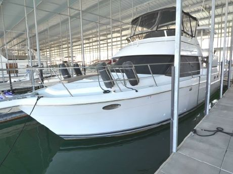 2000 Carver Yachts 404 (freshwater)