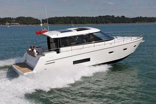 2012 Sealine C48 Motor Yacht