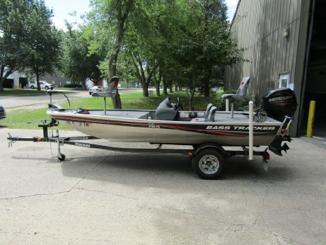 2012 Bass Tracker Pro 165