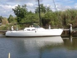 1988 J Boat Turbo 33