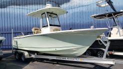 2018 Sea Hunt Ultra 235 SE