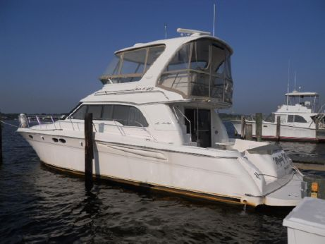 2001 Sea Ray 480 Sedan Bridge - Very Nice!