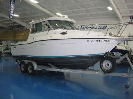 2001 Seaswirl Striper 2600 Sport Cabin I/O