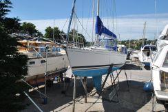 1985 Beneteau First 435