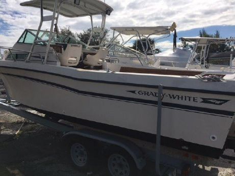 1988 Grady-White 24 Offshore 2006 engine