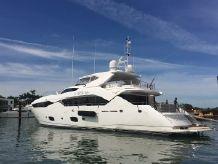 2015 Sunseeker Sport Yacht