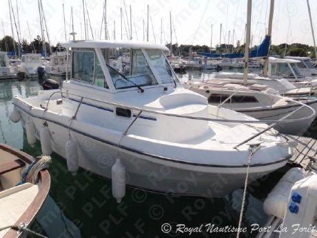 2001 Beneteau Antares 620