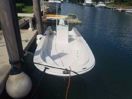 1982 Boston Whaler Outrage 22