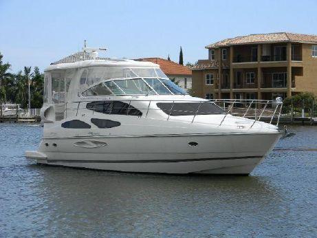 2005 Cruisers Yachts 455 Motoryacht