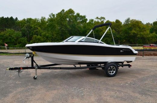 2015 Four Winns H190 Bow rider