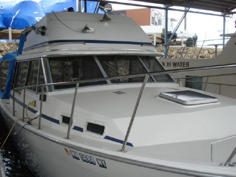 1985 Bayliner 3270 Explorer Flybridge Sedan