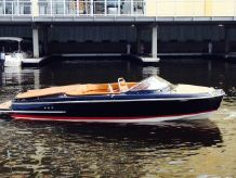 2015 Chris-Craft Capri