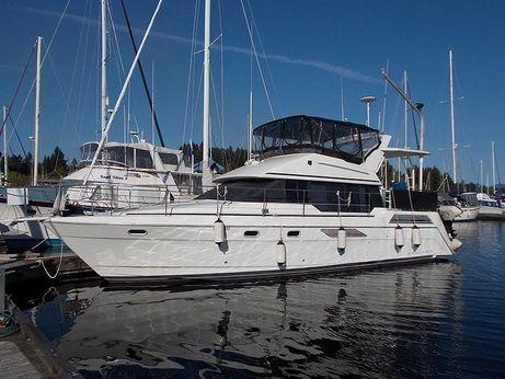 1991 Bayliner 4387 Aft Cabin Motor Yacht